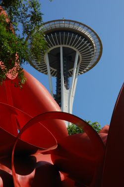 Space Needle & Olympic Iliad
